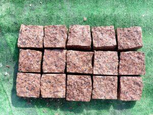 Брусчатка гранитная (лезники) 10*10*5 колотая